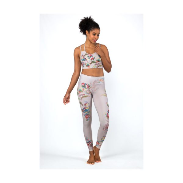 Magadi_Yoga-Leggings_Romantic